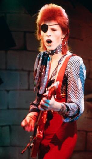 resized-Ziggy-Stardust-the-70s-12460498-228-393